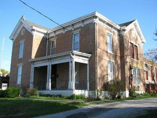Pinckneyville, IL: Perry County Jail Museum