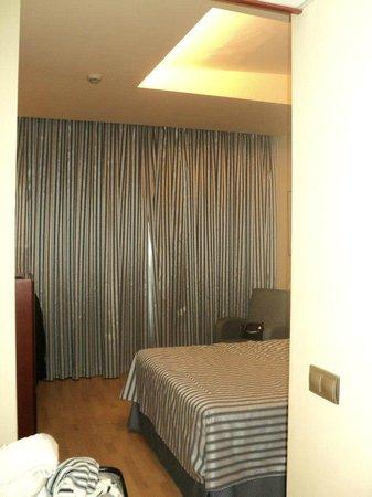 Hotel Olympia: Habitación matrimonio.