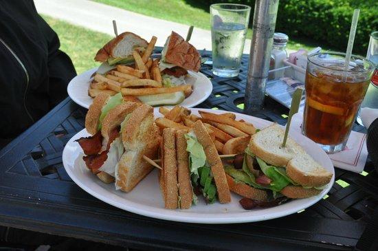 The Jockey Club: BLT For Lunch
