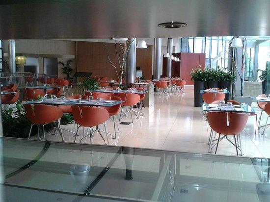 T Hotel : El confortable y agradable restaurante