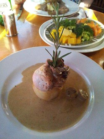 Beresford's Restaurant & Pub: Chicken
