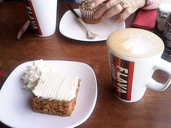 Flava Coffee Co: carrot cake yummy