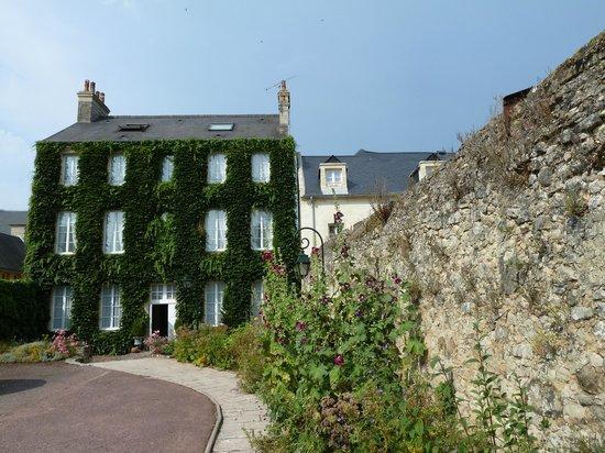 Hotel d'Argouges: the 'annex'