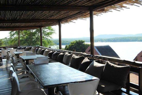 Tungeni Von Bach Dam Resort: View of the dam from the Daw restaurant's deck