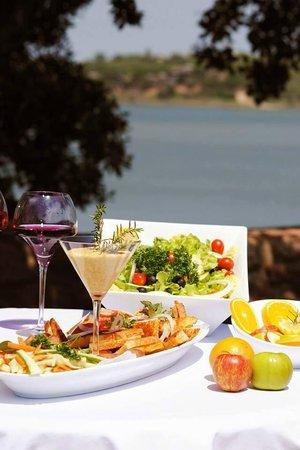 Tungeni Von Bach Dam Resort: Wine and drink