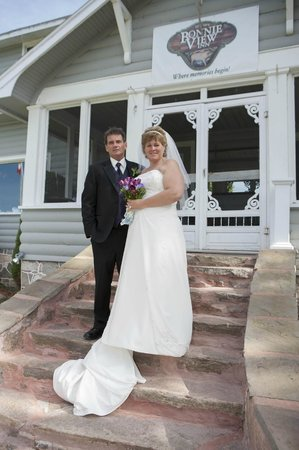 Bonnie View Inn : On the steps of the Bonnieview