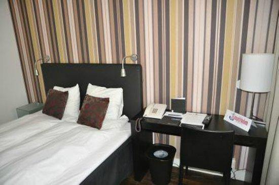 First Hotel Witt : Bett