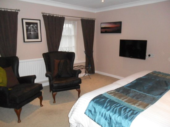 Castle Hotel: First double bedroom at top of stairs