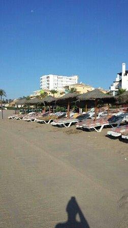 VIK Gran hotel Costa del Sol: super Liegen mit Matratzen für 4 € eine Liege