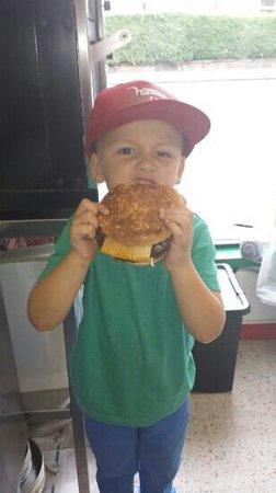 Pizza Amore: Love DADDY'S BAD BOY BURGER'S YUM YUM :)