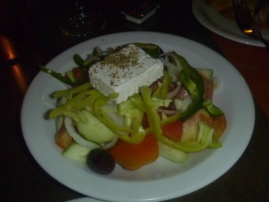 Zeus Hotel: free greek salad at Hypocrates