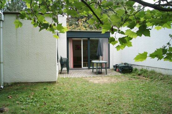 terrasse du cottage  Photo de Center Parcs Les BoisFrancs, Verneuil