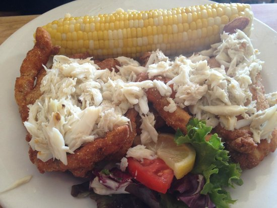Angelo's Restaurant & Raw Bar: Soft-Shell Crab topped with Lump Crabmeat