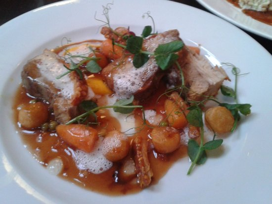 The Lilly Bar & Grill: Belly Pork dish