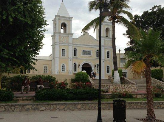 Parroquia San José: front outside view