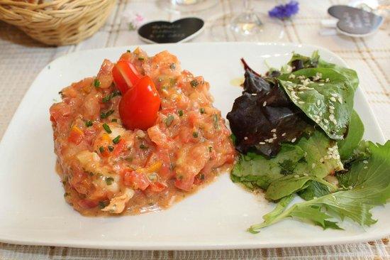 Tartare de tomates aux queues d 39 crevisses photo de le rond de serviette saint nazaire - Les ronds de serviette ...