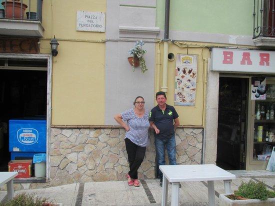 Grand Hotel Europa: Helpful Friendly Locals