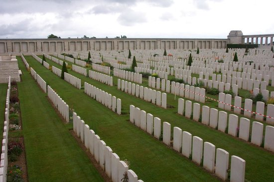 Single Step Tours - Day Tours: Pozieres Cemetery