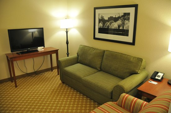 Country Inn & Suites by Radisson, Champaign North, IL: Living Room Area