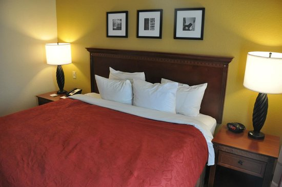Country Inn & Suites By Carlson: Bedroom