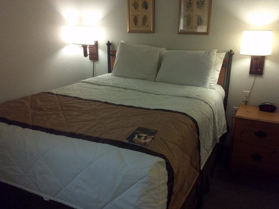Extended Stay America - Atlanta - Perimeter - Peachtree Dunwoody: Very comfortable! Slept so well!