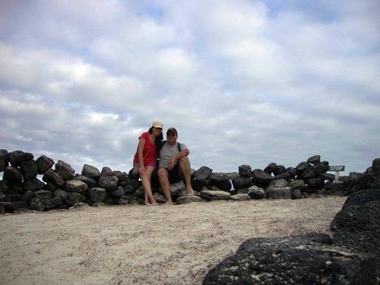 Galapagos Beach at Tortuga Bay: Todo se encuentra en estado natural