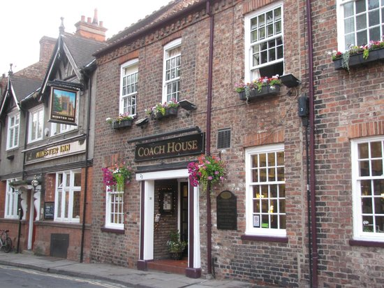 Minster Walk Accommodation: The Coach House Hotel