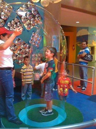 Childrens Museum: Area de Burbujas Gigantes