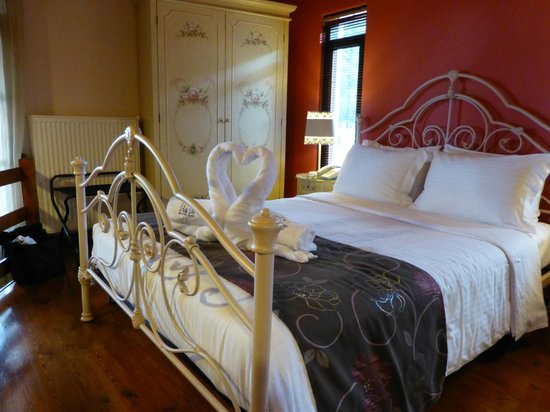 Ilaeira Mountain Resort: welcome to your room