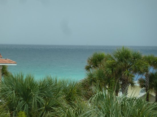 Gulfview Condominiums: View from our 3rd floor balcony, Gulf view