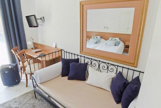 Hotel du Lac de Madine: Chambre Annexe avec Bain balnéo
