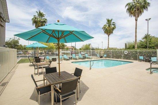 Residence Inn Phoenix Glendale/Peoria : Patio Area