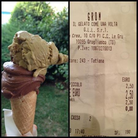 Gelateria Grom: Cioccolato fondente e pistacchio. €2,50. Grom