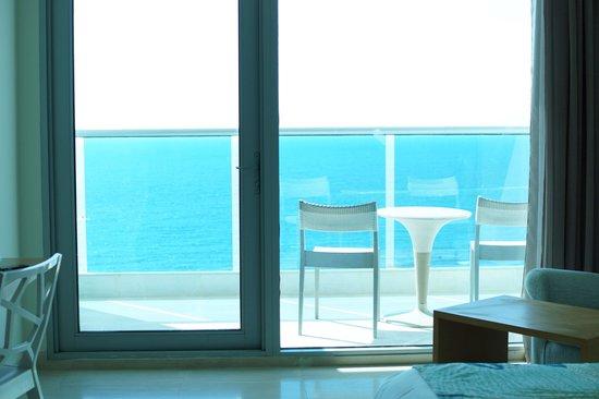 Hotel Las Americas Torre del Mar: Balcon