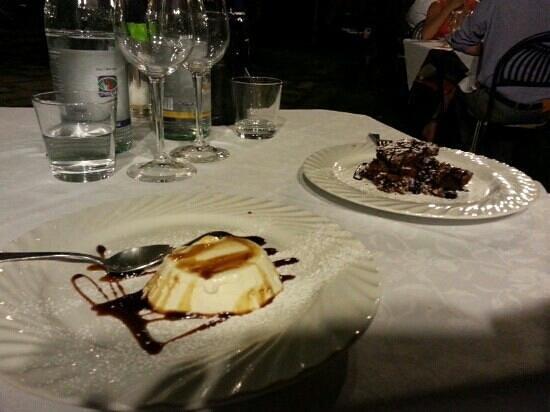 Ca del Re: Dolci al cioccolato e panna cotta alla lavanda