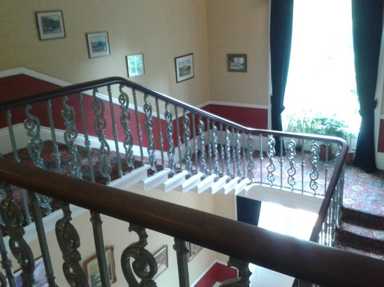 Gilsland Spa Hotel: One of the ornate staircases