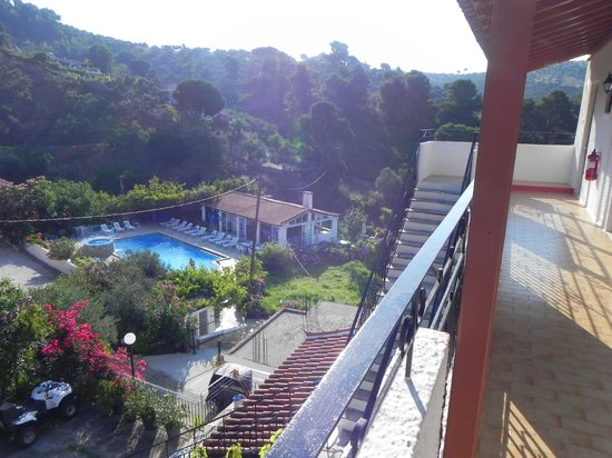 Filia Studios & Apartments: View from the top floor, beautiful grounds