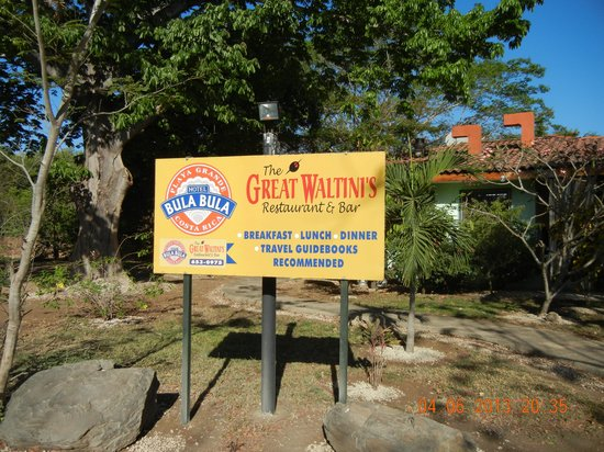 Hotel Bula Bula: The Great Waltini's
