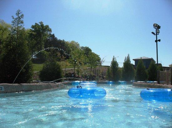 Nashville Shores Lakeside Resort: Lazy River