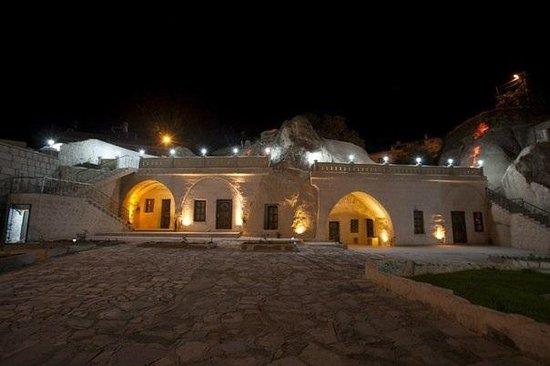 Ortahisar Cave Hotel: getlstd_property_photo