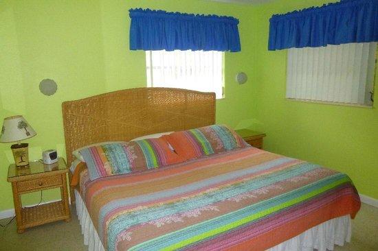 The PalmView: bedroom