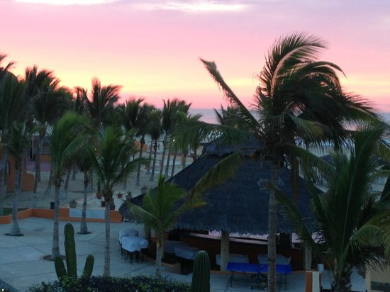 Posada Real Los Cabos: sun rise from room