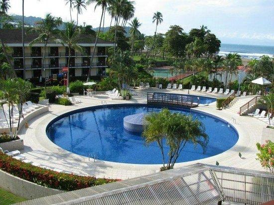 Best Western Jaco Beach All Inclusive Resort: Zona de piscina del hotel