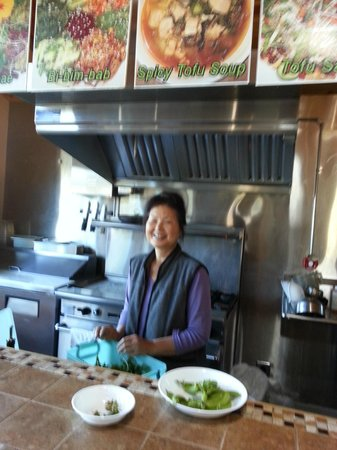 Coast Inn & Spa : Healthy food served on site. Chong will take care of you.