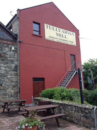 Tullyarvan Mill Hostel: facciata