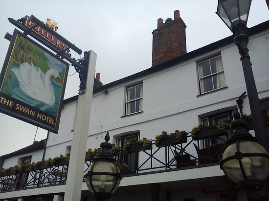 The Swan Hotel: Outside The Swan that links to a Path
