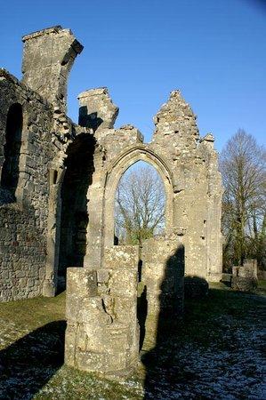 Montfaucon Monument & Ruins : Ruined Church