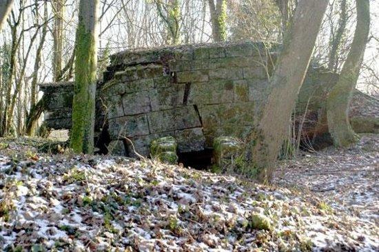 Montfaucon Monument & Ruins : German Bunker