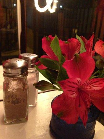 Gypsy Cafe: Flowers