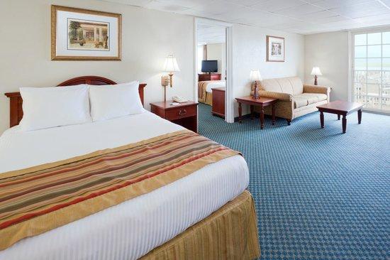 Dolphin suite 2 bedroom - 2 bedroom suites in ocean city md ...